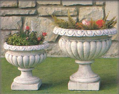 Produzione vaso a calice resistente alle intemperie, esterni ...