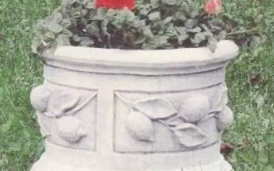 Cilindro con limoni in cemento bianco, Vs122