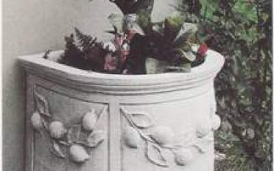 Vaso a muro in cemento bianco, Vs128