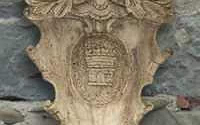 stemma in cemento bianco, TST04b