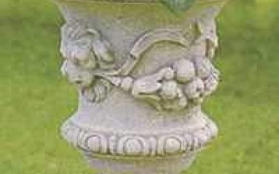 vaso cemento bianco teste di leone Vs012