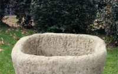 Fioriera in cemento bianco Vs072