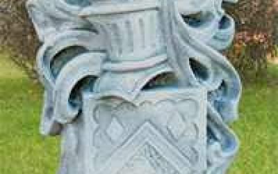 stemma in cemento bianco, TS07