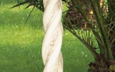 colonna a tortiglione in cemento da giardino TC37