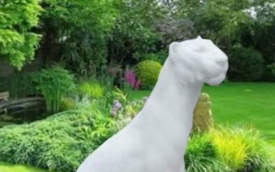 Pantera da giardino in cemento bianco, An49