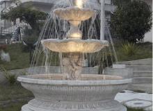 Fontana funzionante con luci e pompa in cemento bianco TF09+kit