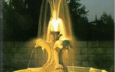 Fontana funzionante con luci e pompa cemento bianco Sabbioneta, TF05+kit