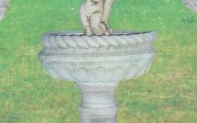 Fontana in cemento bianco Bologna Fn29