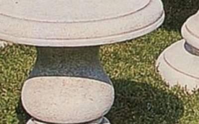 sgabello in cemento bianco, Pn19A